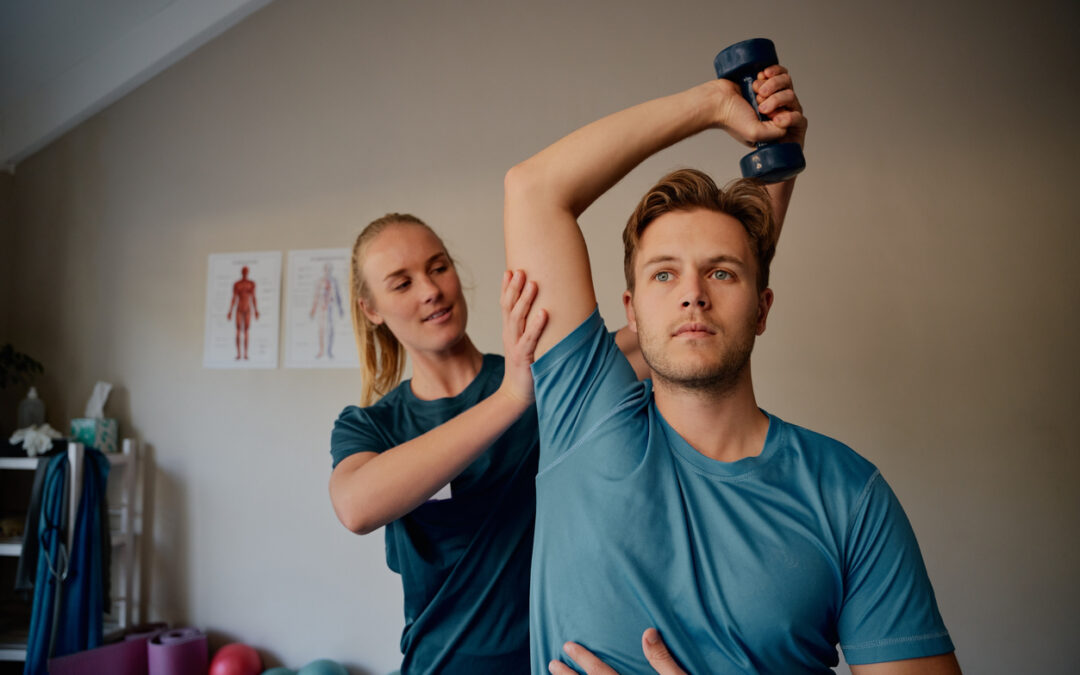 Comparing Physical Therapy vs. Sports Medicine